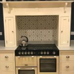 Range style cooker in traditional painted wooden housing